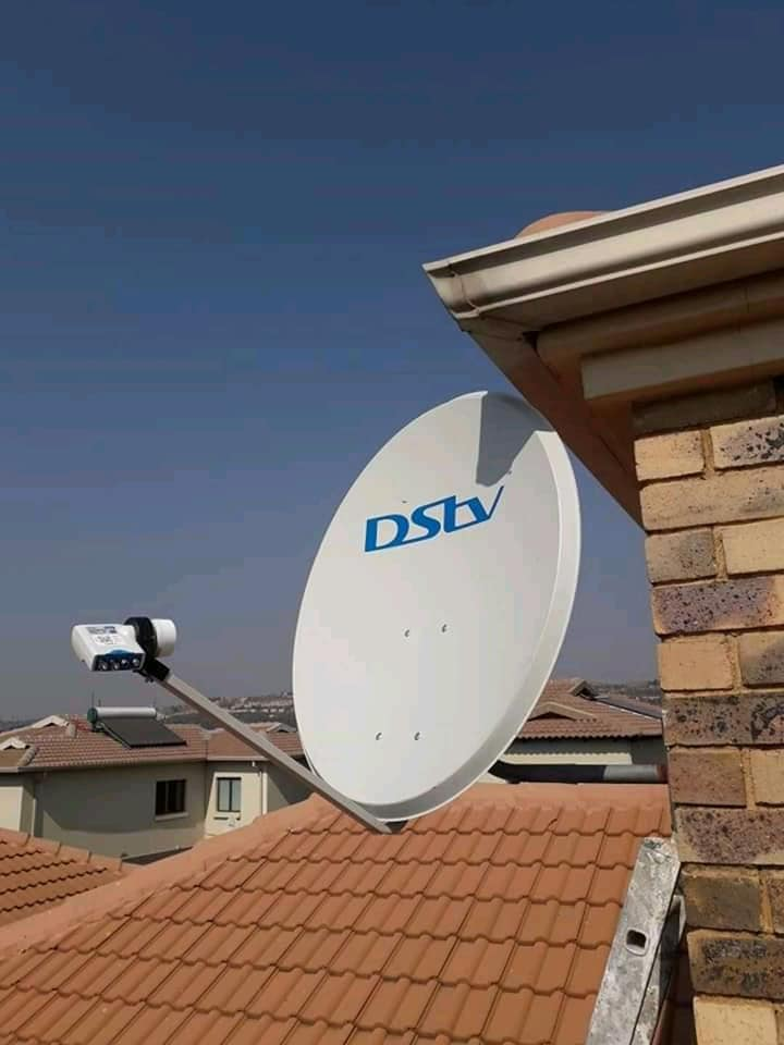DSTV Installations Signal Correction Upgrades Relocations and Tv mounting Call  0743311379