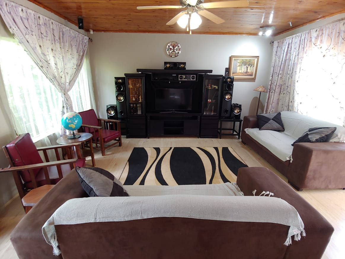 ON SHOW - NINAPARK: BIG HOUSE FOR SALE WITH GRANNY FLAT