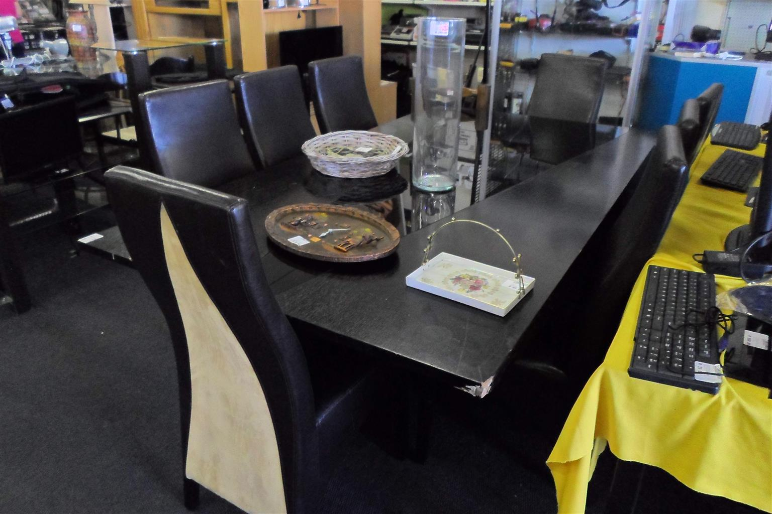 8 Seater Dining Room Table + Sideboard