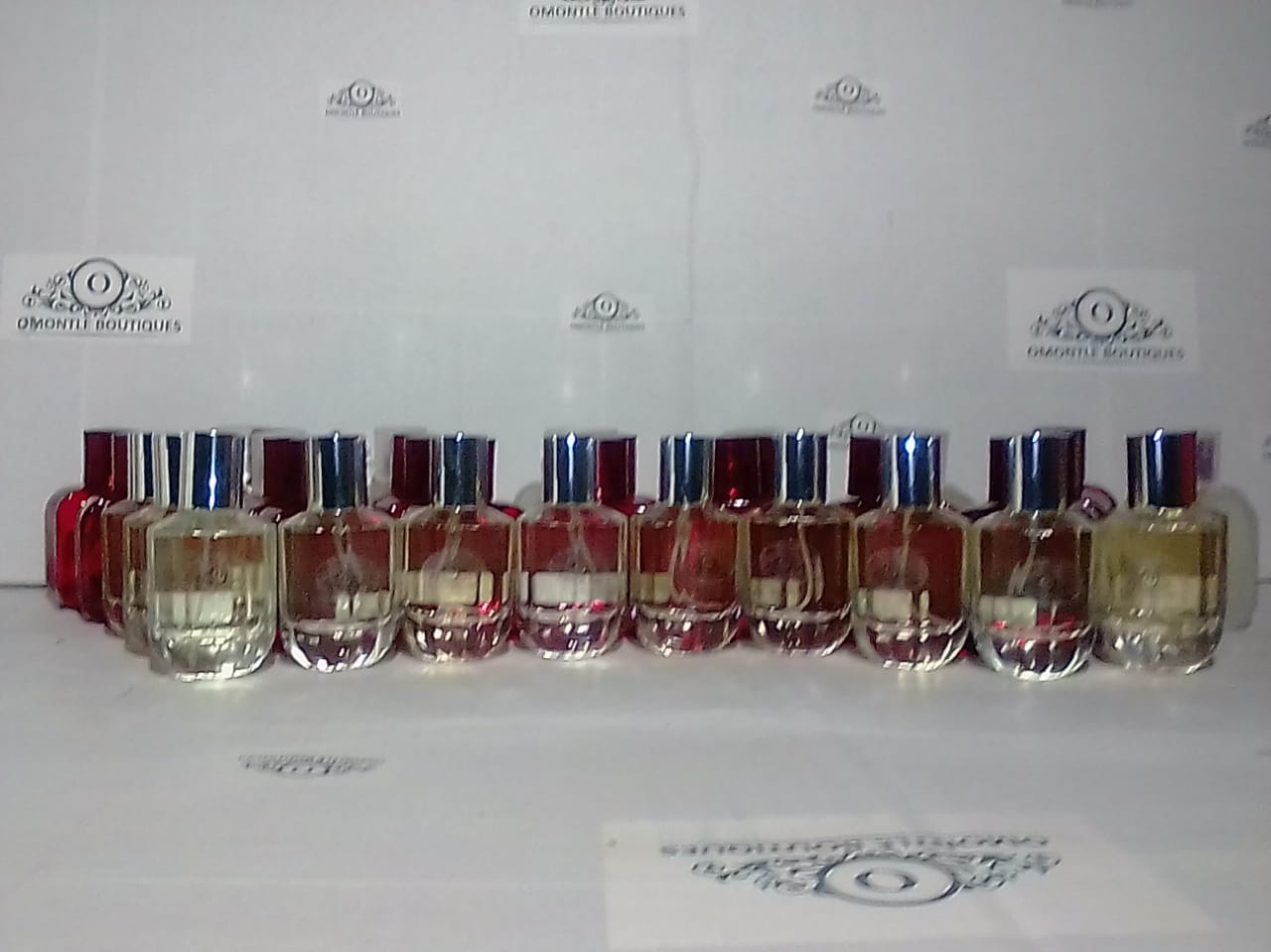 LEARN TO MAKE OIL BASED PERFUMES ANF GET A FREE STARTER KIT TO KICK STARTYOUR BUSINESS