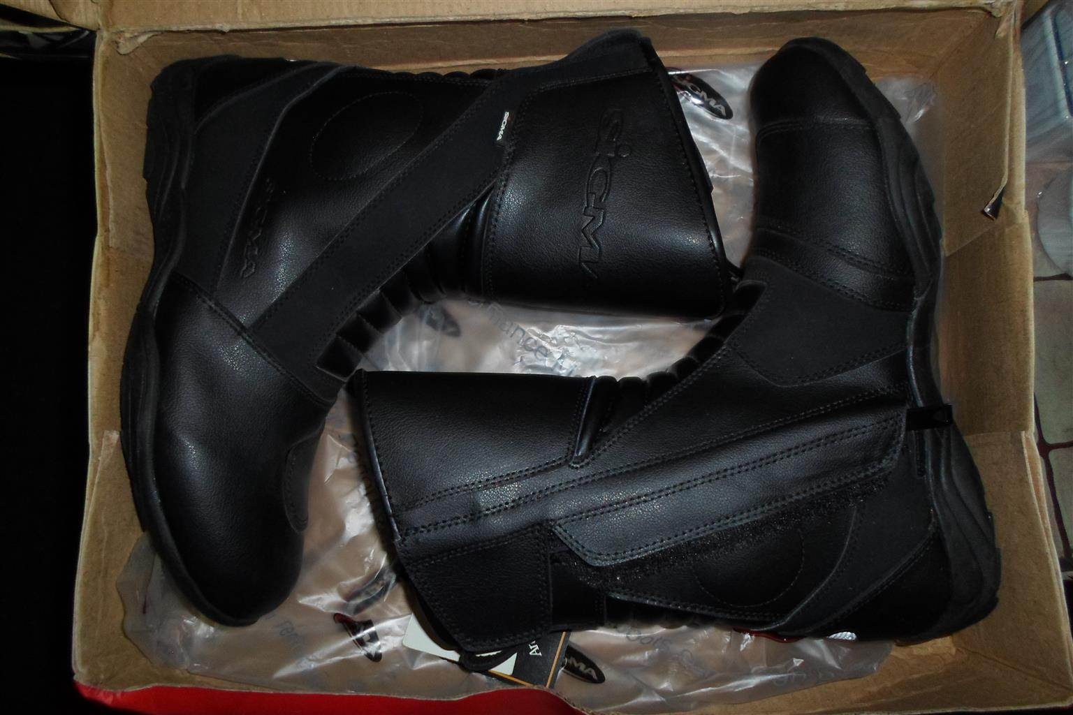 Size 44/10 Sigma Motorcycle Boots