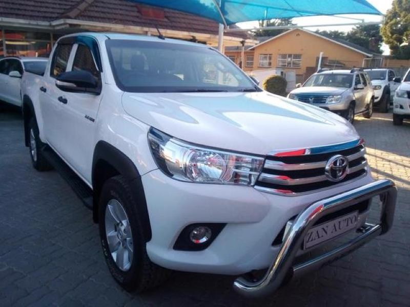 2017 Toyota Hilux double cab HILUX 2.4 GD 6 SR 4X4 P/U D/C