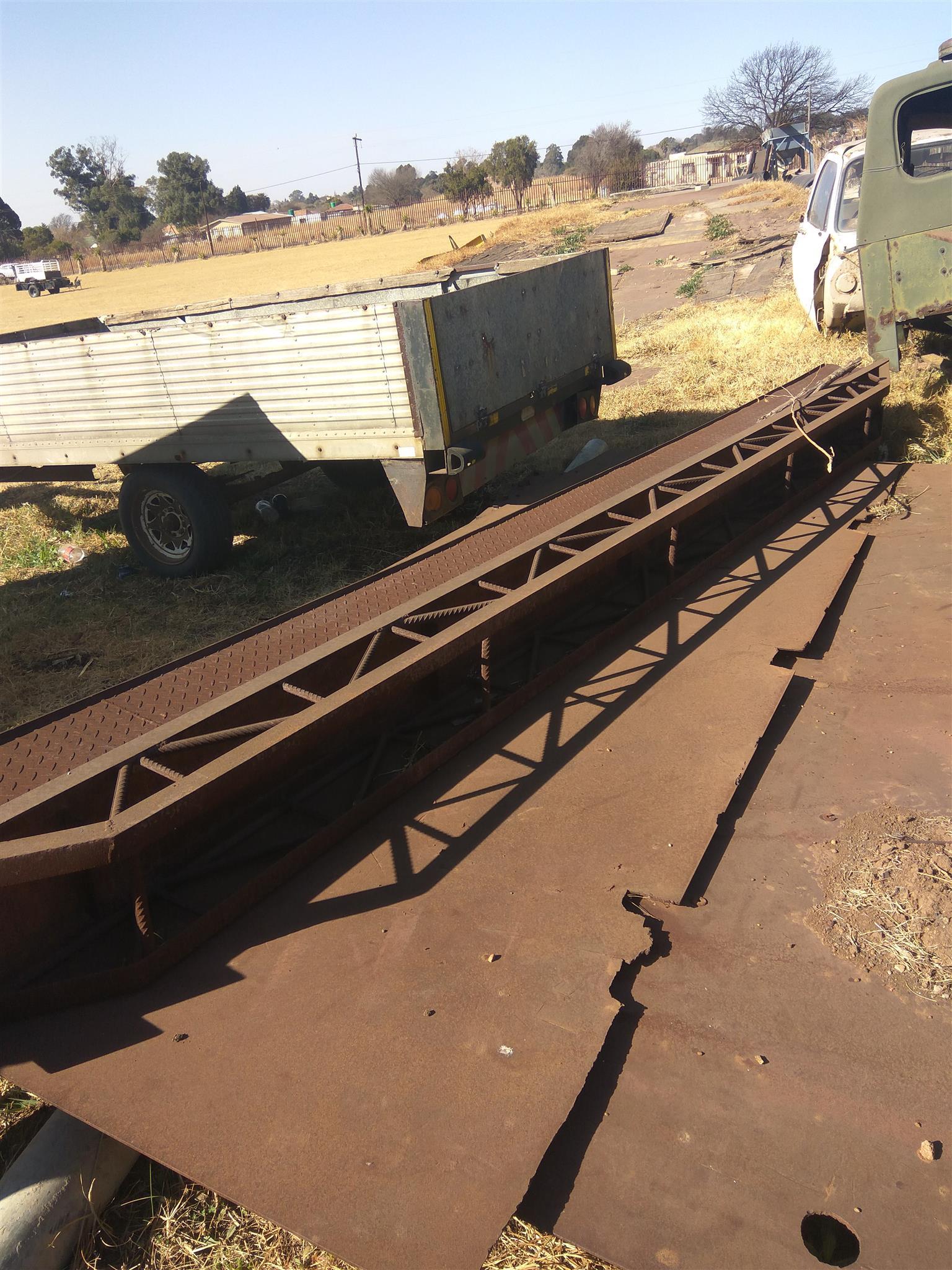 Heavy duty truck rams for sale