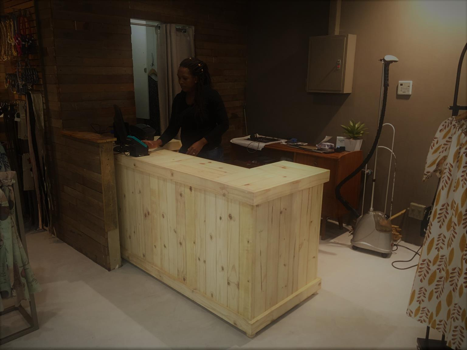 Reception Counter Farmhouse series 2000 Raw