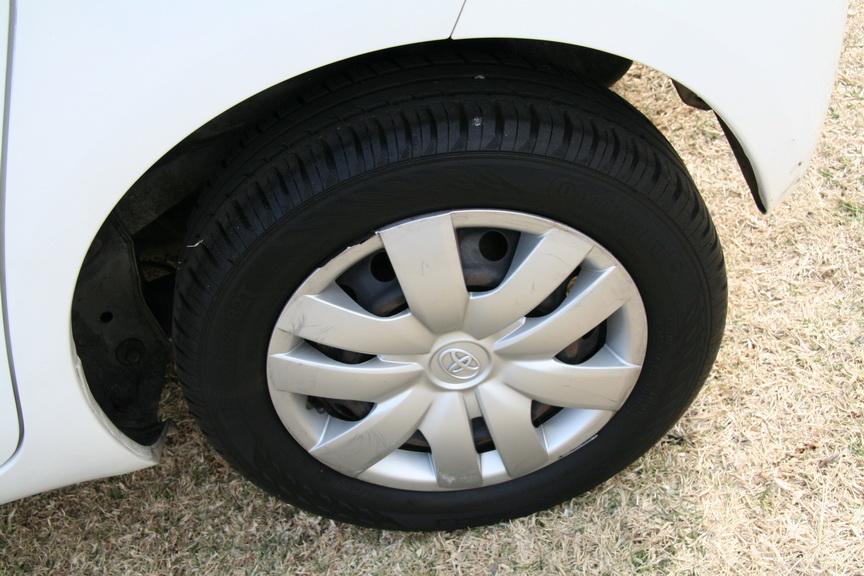 2012 Toyota Yaris 1.3 5 door T3+