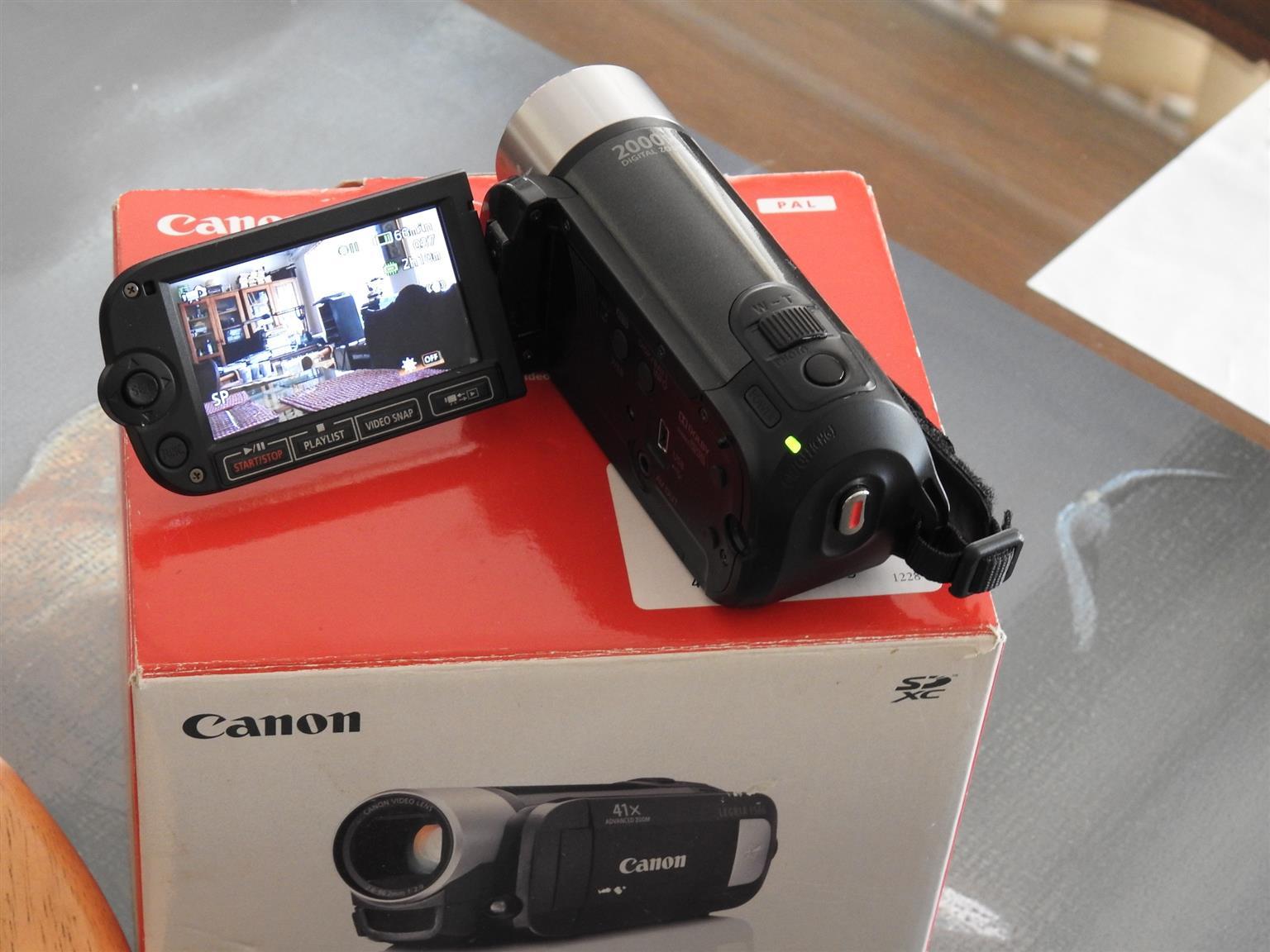 Excellent value camcorder Canon EF46 E