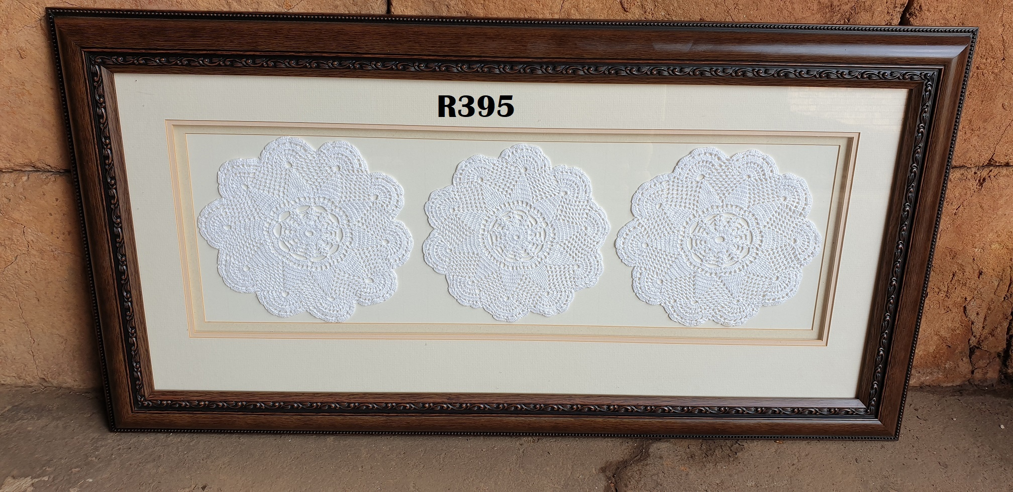 Lace Vintage Wall Hanging (905x470)