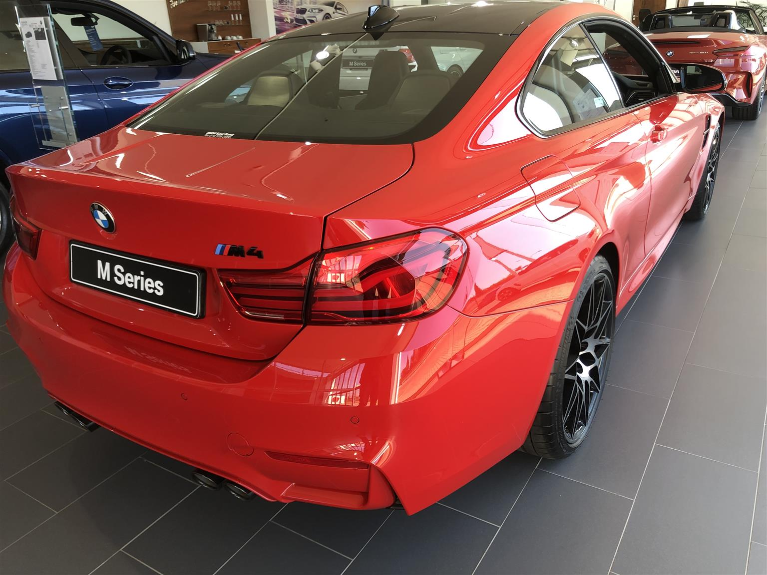 2019 BMW M4 coupe Competition
