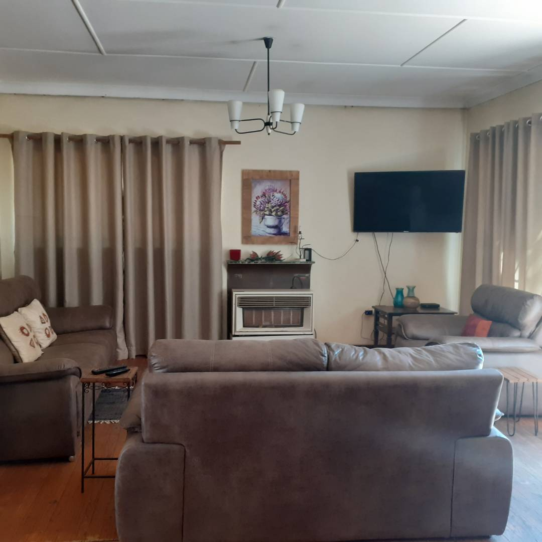 House For Sale in Hazelpark