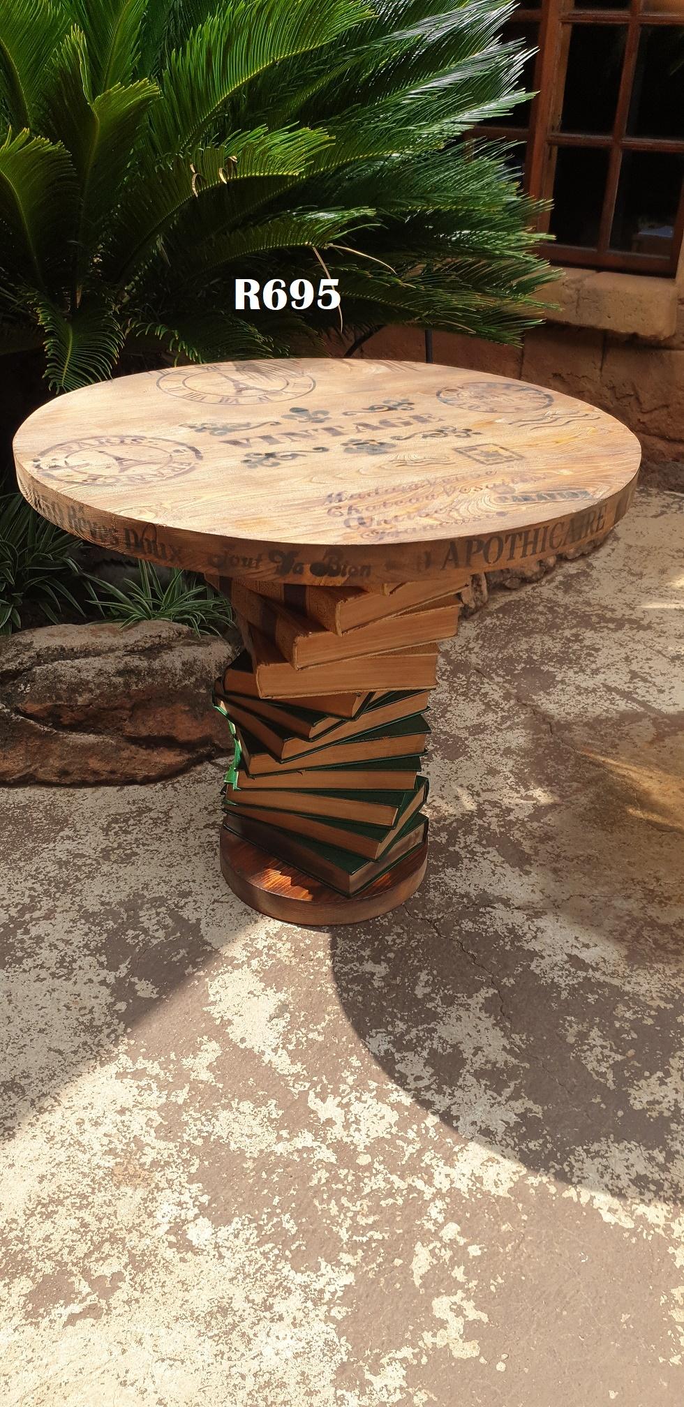 Paris Round Coffee Table (H700  D620)