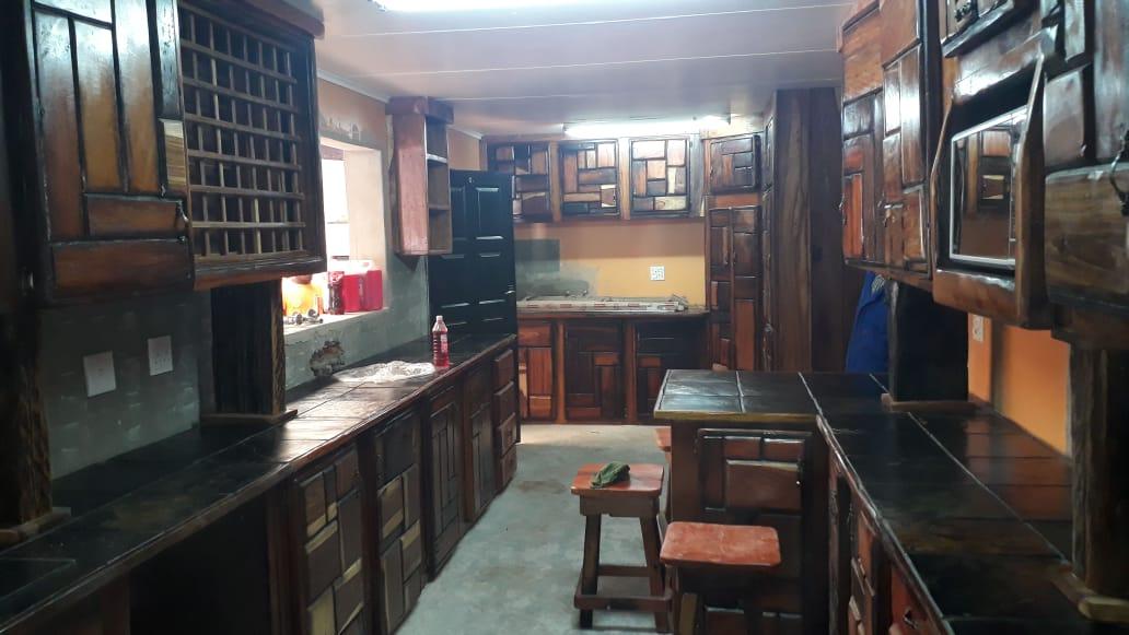 Sleeper Kitchen / Kombuis 45000-55000