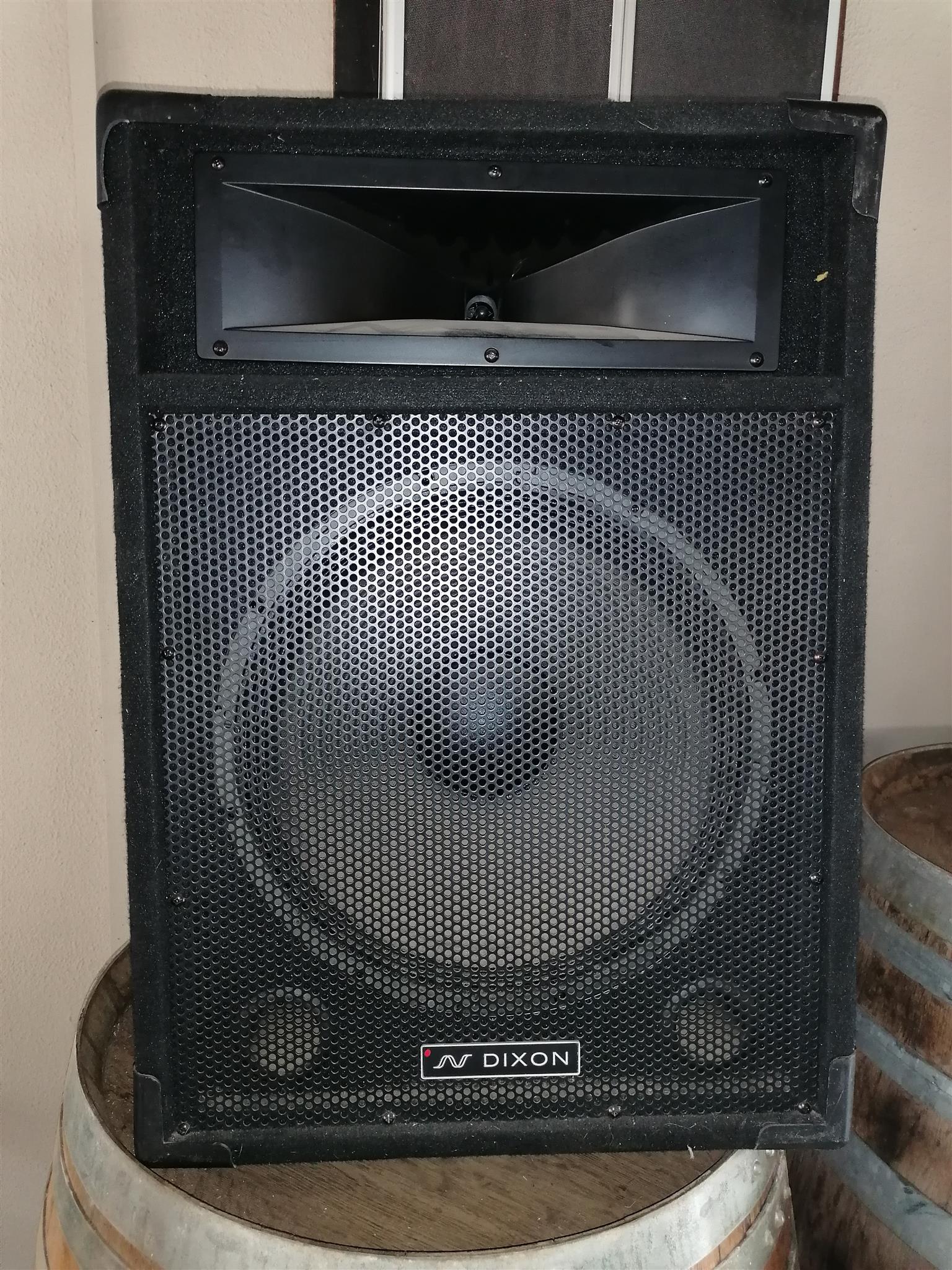 speakers x2