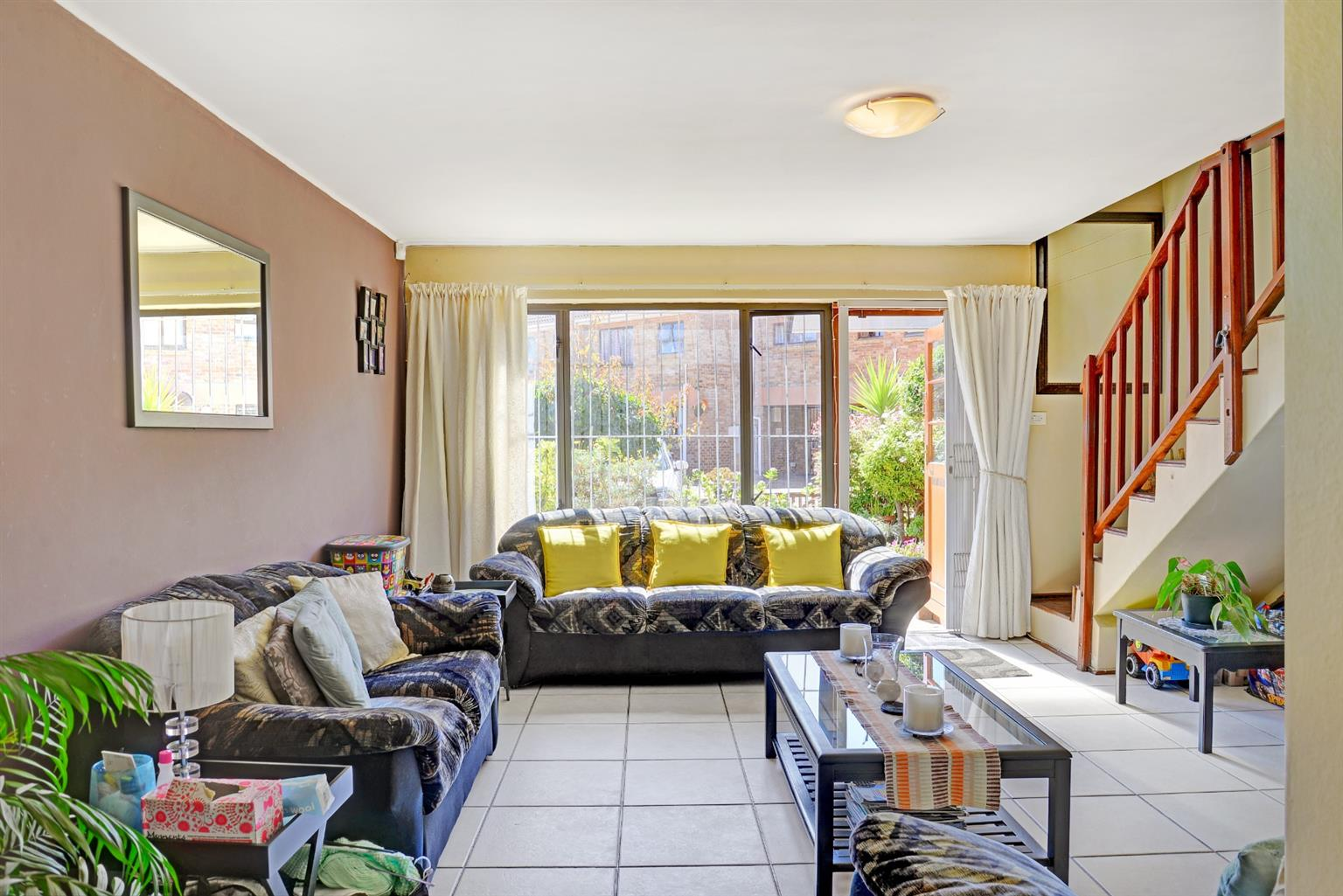 Apartment For Sale in Southfield