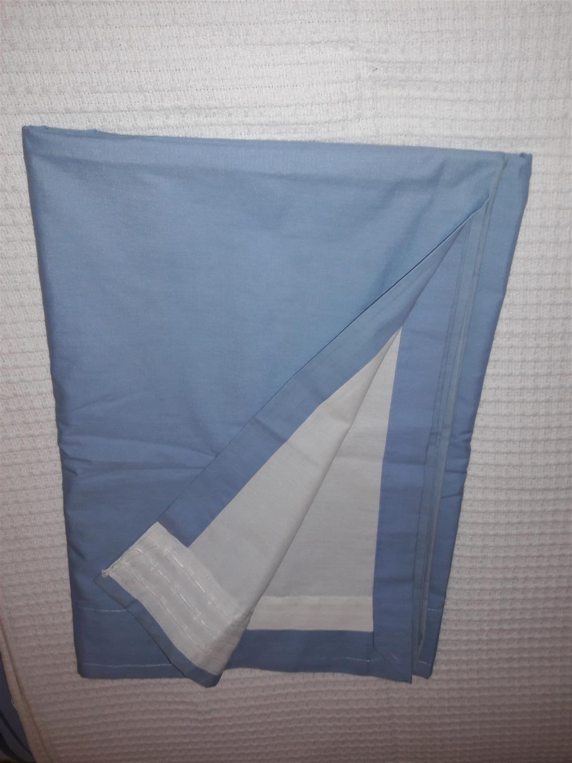 BEAUTIFUL AND IN GREAT CONDITION USED CURTAINS FOR SALE