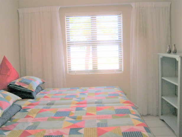 2 Bedroom,2 Bathroom Apartment with Lovely Sea Views for sale in Port Edward