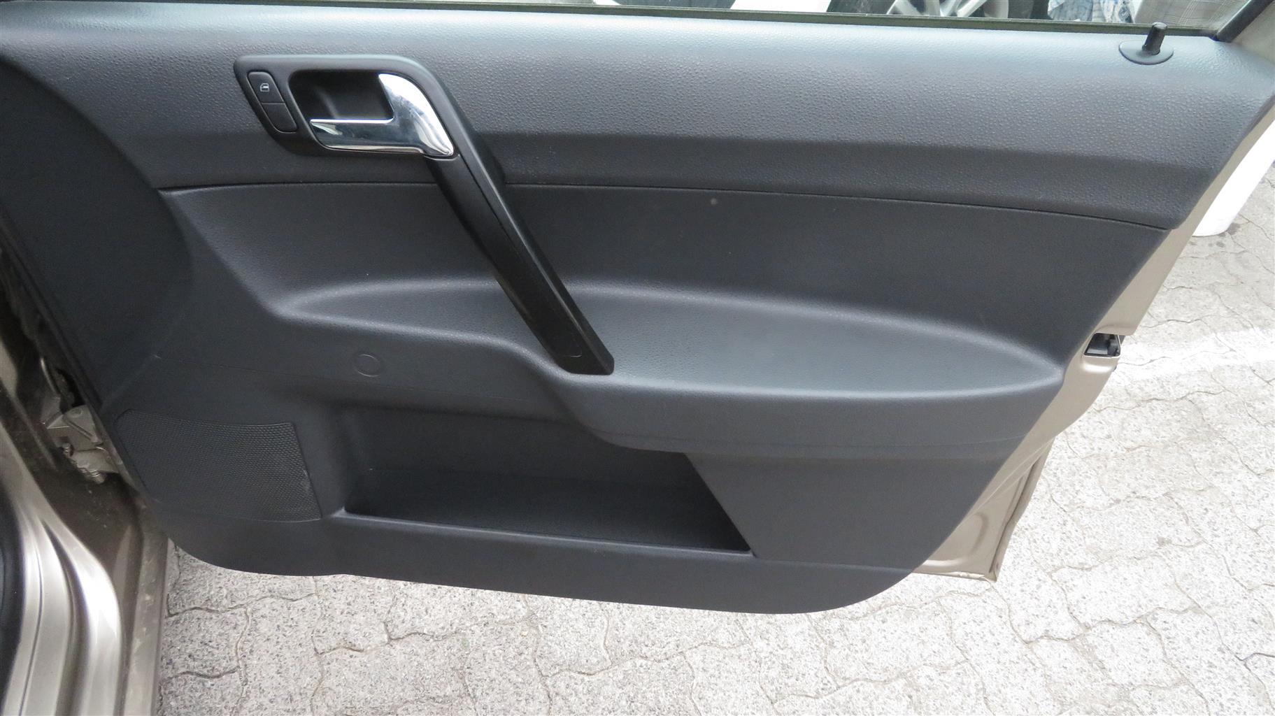 2014 VW Polo Vivo hatch 1.4 Conceptline