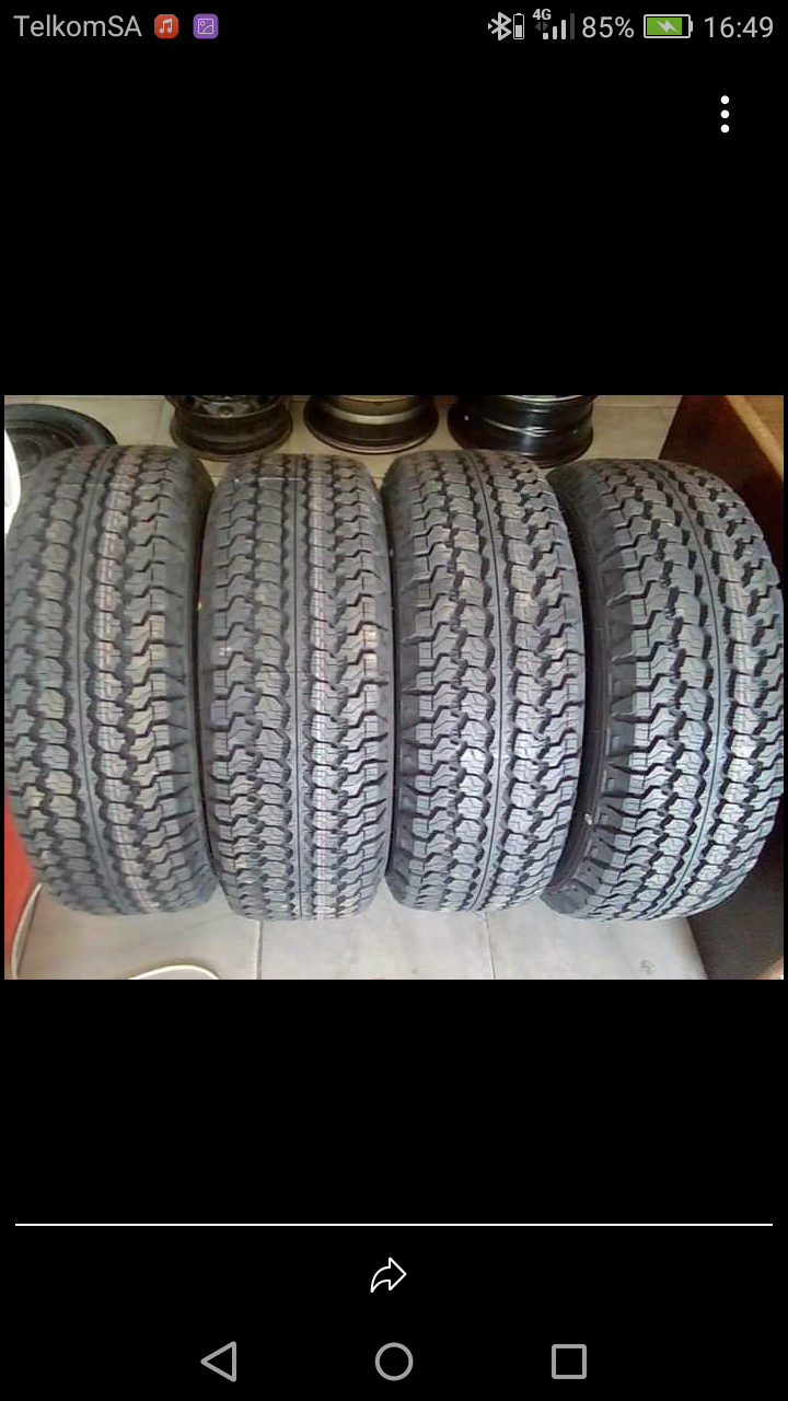 245/70/16C Goodyear wrangler AT tyres