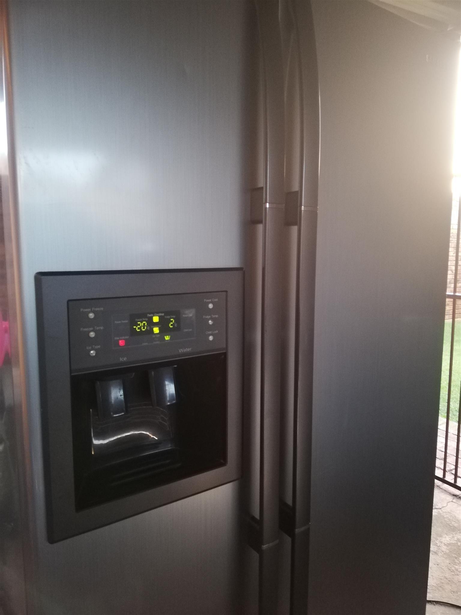 Samsung double door fridge /freezer for sale