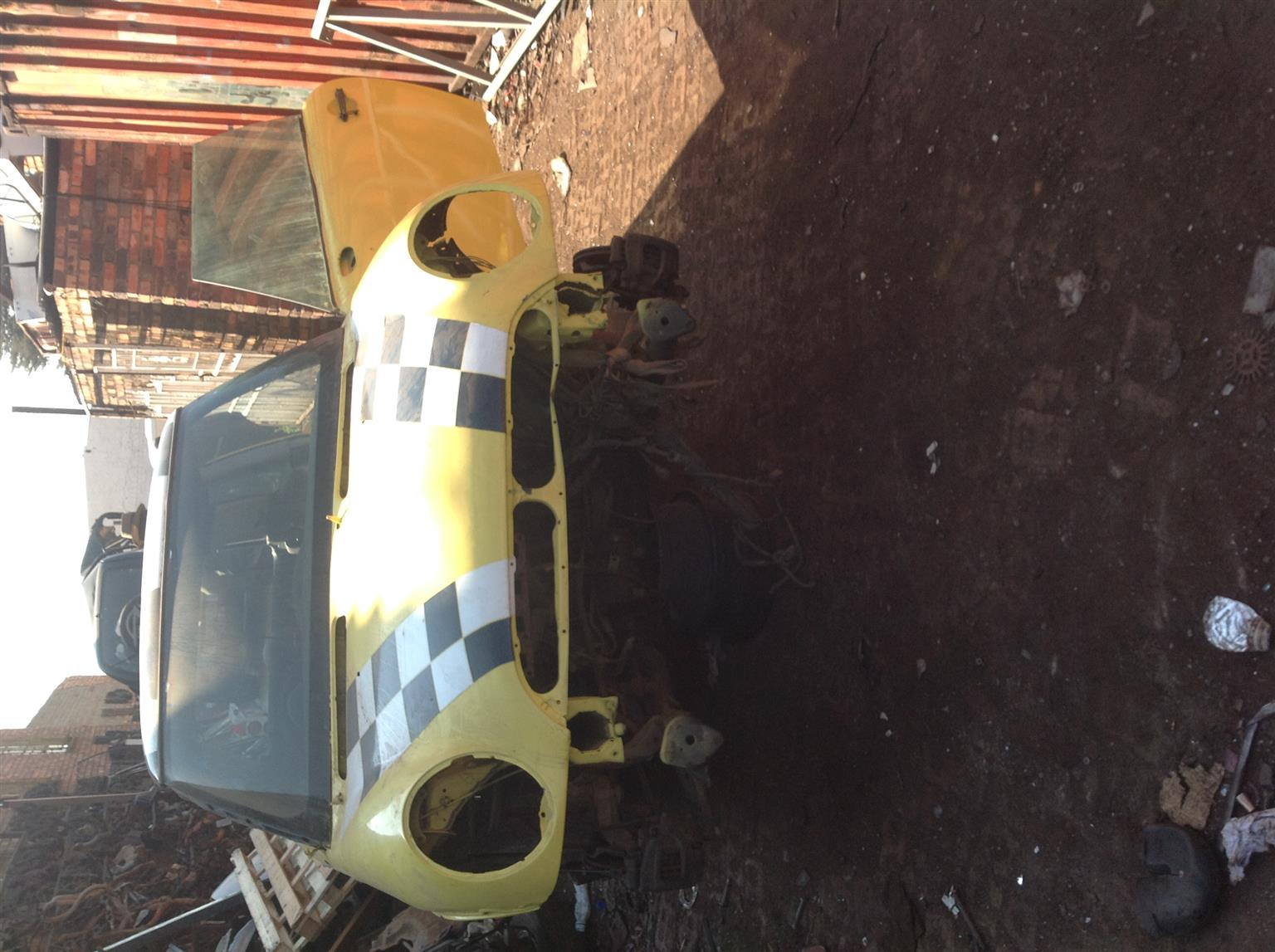 Stripping Mini Cooper 2004 for Spares