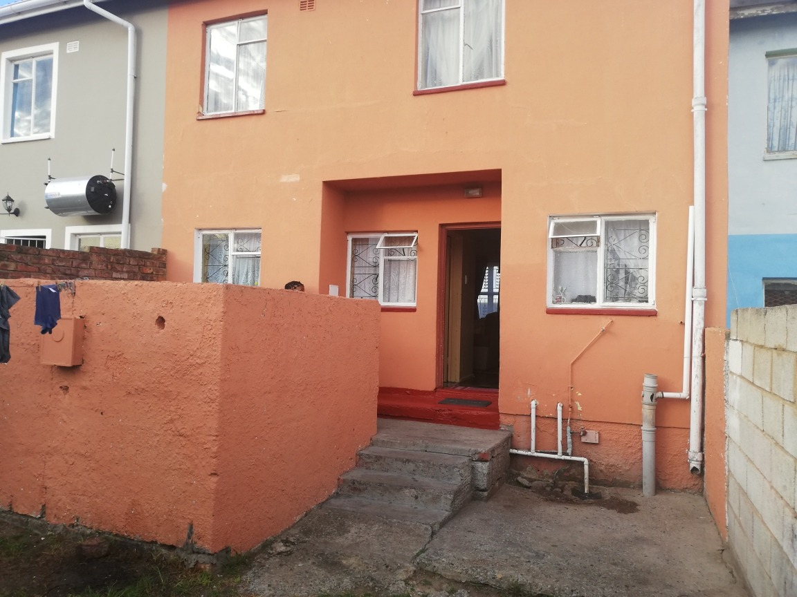 Apartment For Sale in Booysens Park
