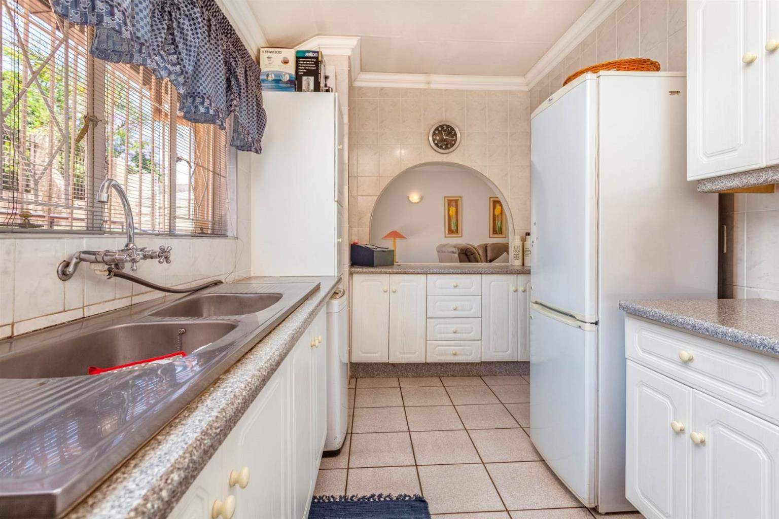 House For Sale in ROODEKRANS