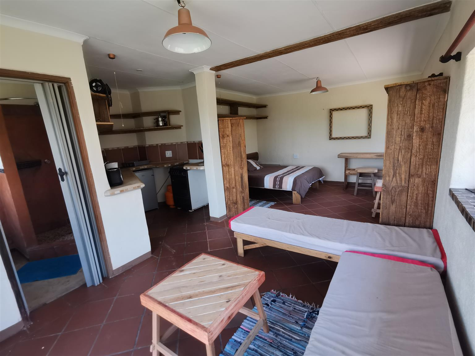 FURNISHED RIVERFRONT COTTAGES AND ROOMS 25KMS SOUTH OF ALBERTON