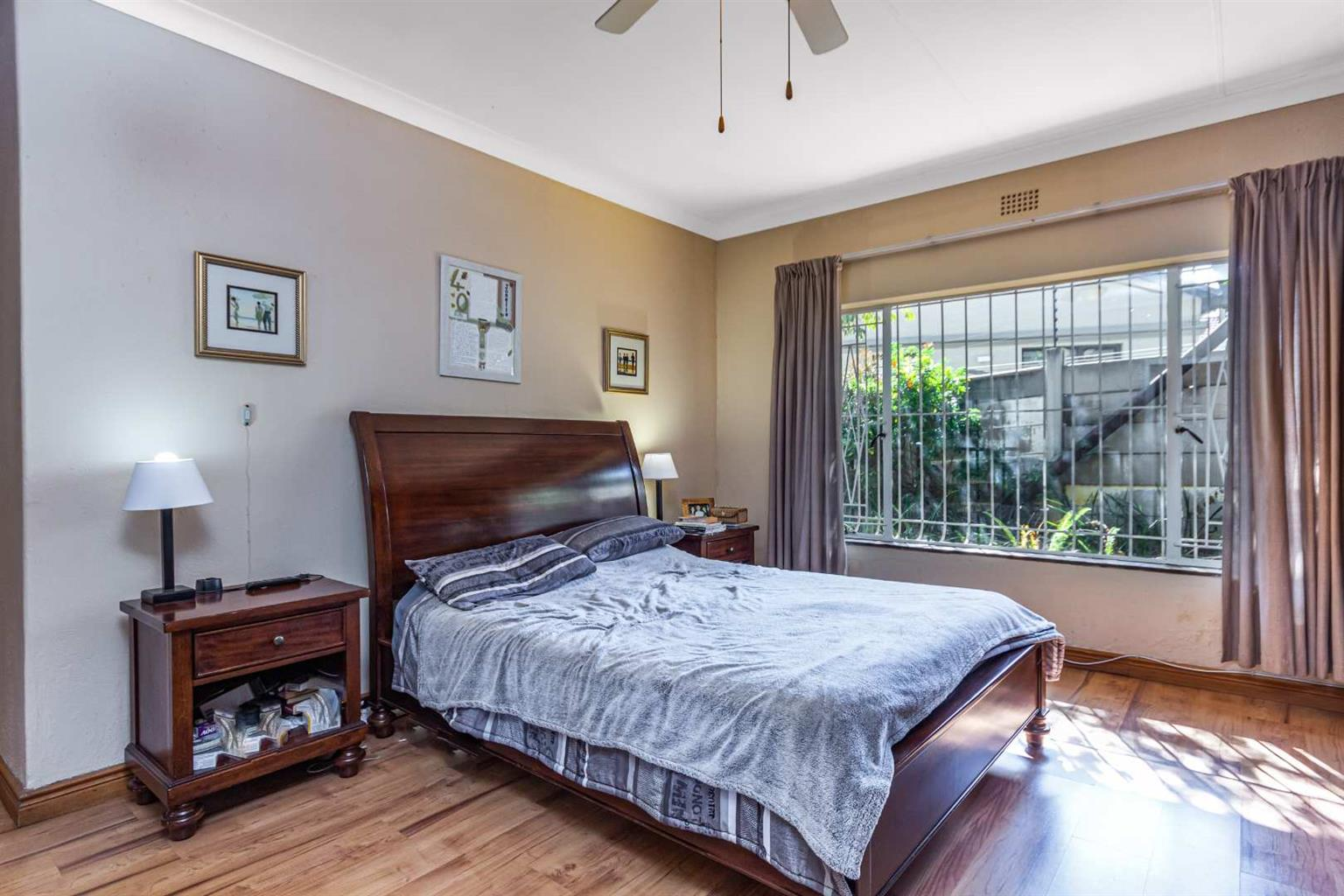 House For Sale in Beverley Gardens