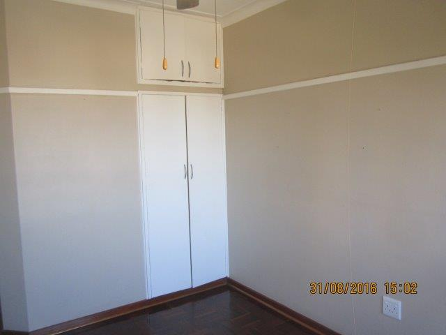 3 Bedroom Airconditioned Apartment in Morningside, Durban