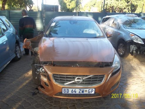 Cars for Stripping Volvo