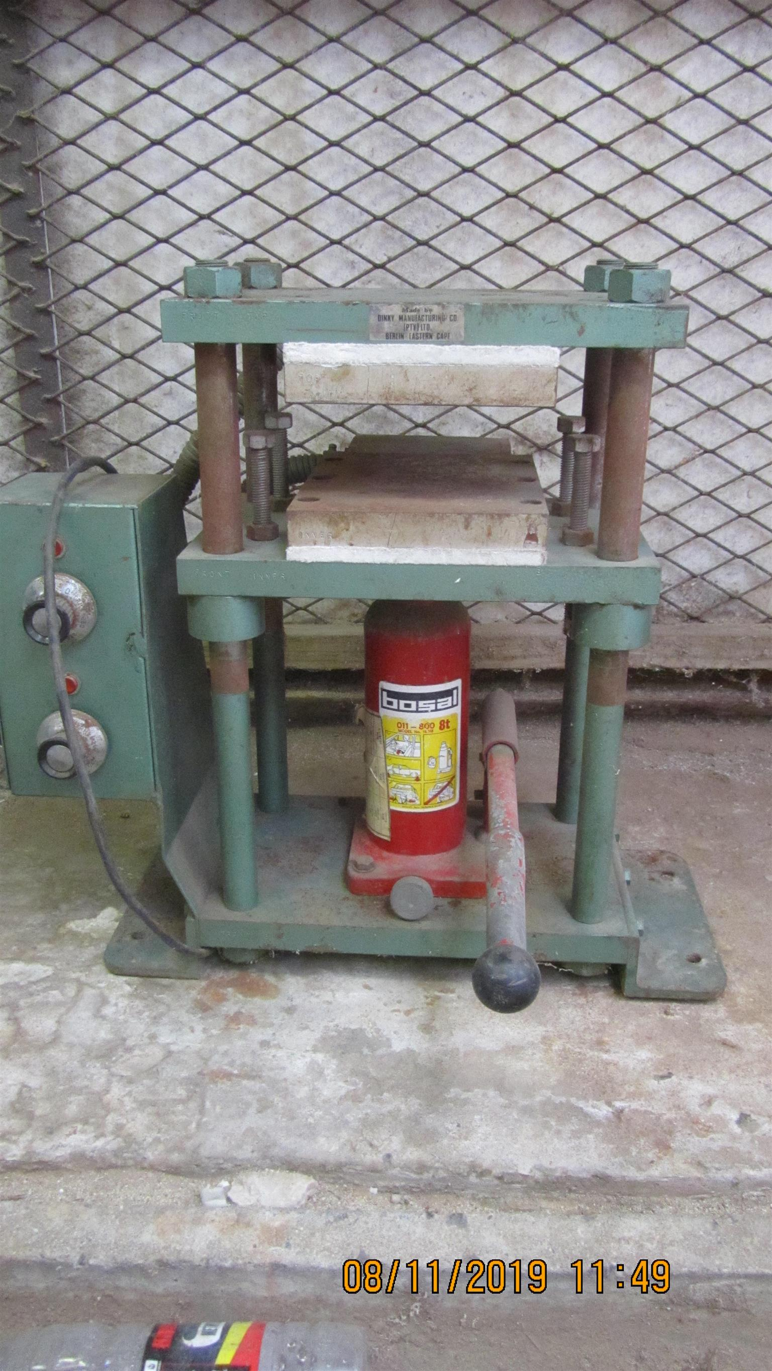 Press Heated Hydraulic in perfect working order