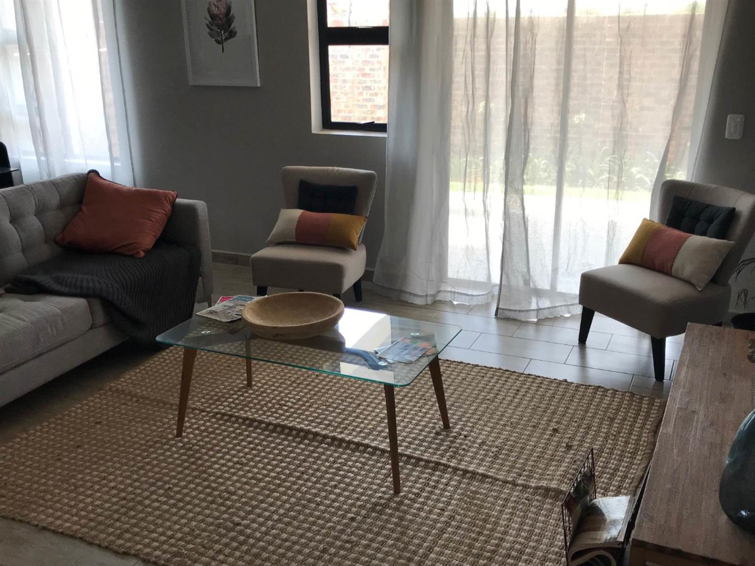 Townhouse For Sale in MONTANA & EXT