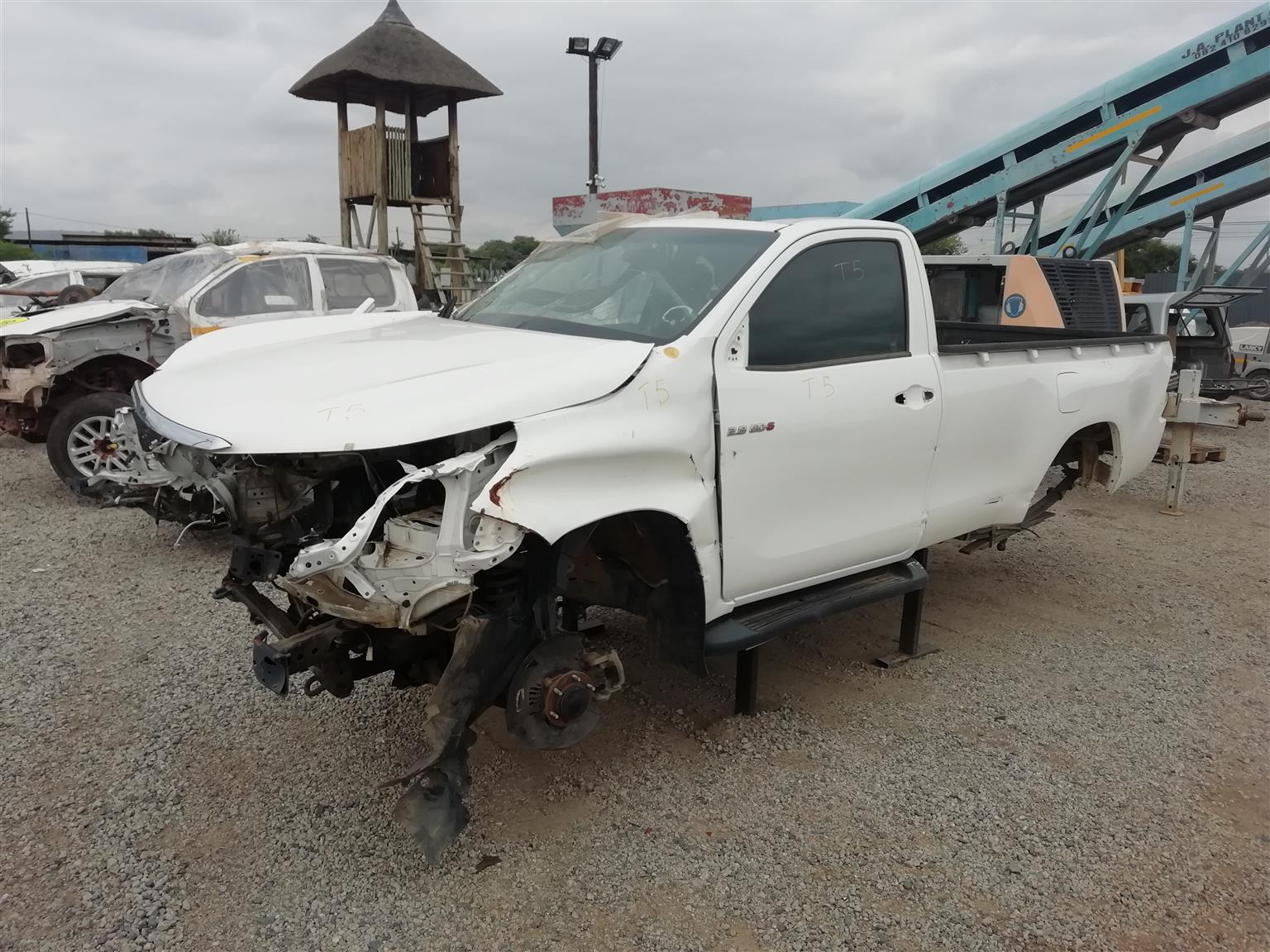 Hilux Gd6 2.8 4x4 Stripping For Spares