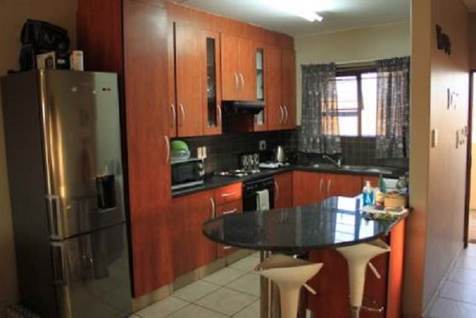 Lovely spacious flat to rent