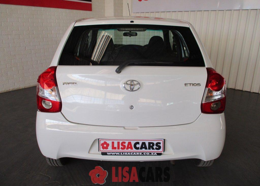 2015 Toyota Etios hatch 1.5 Xi