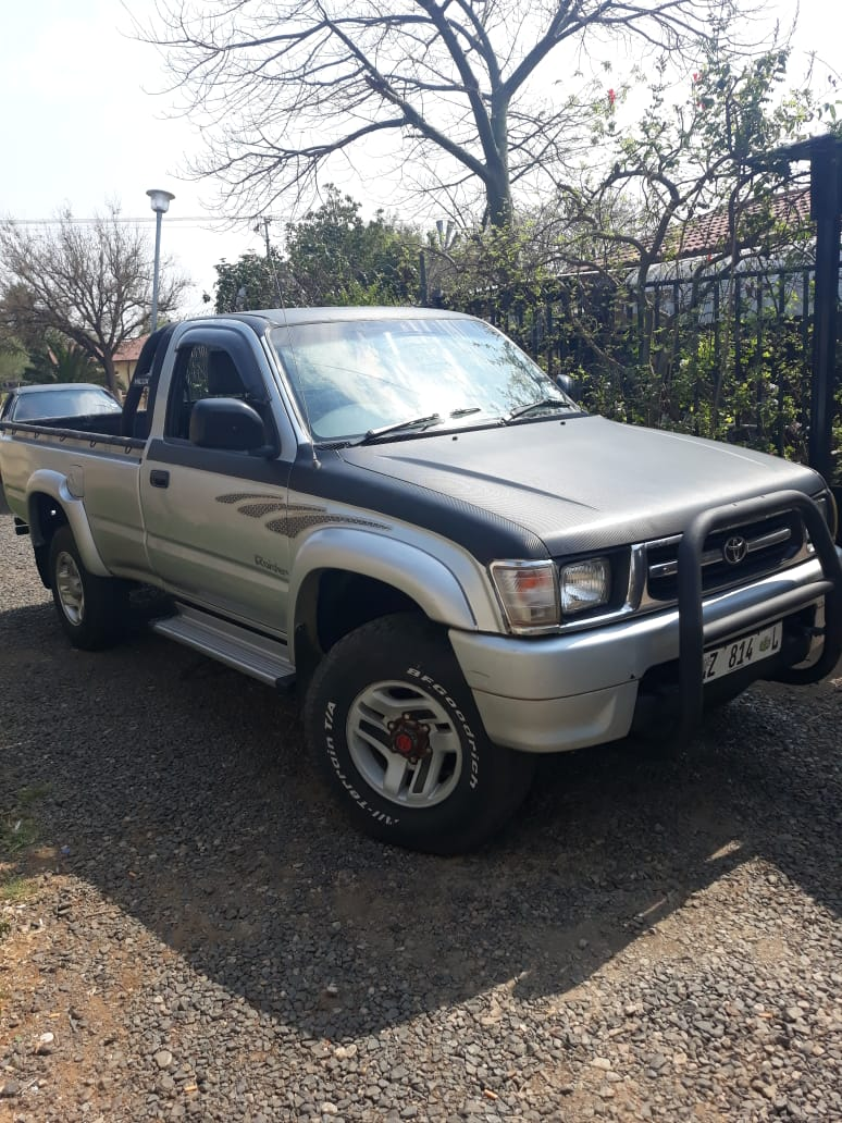 2000 Toyota Hilux 2.7 Raider