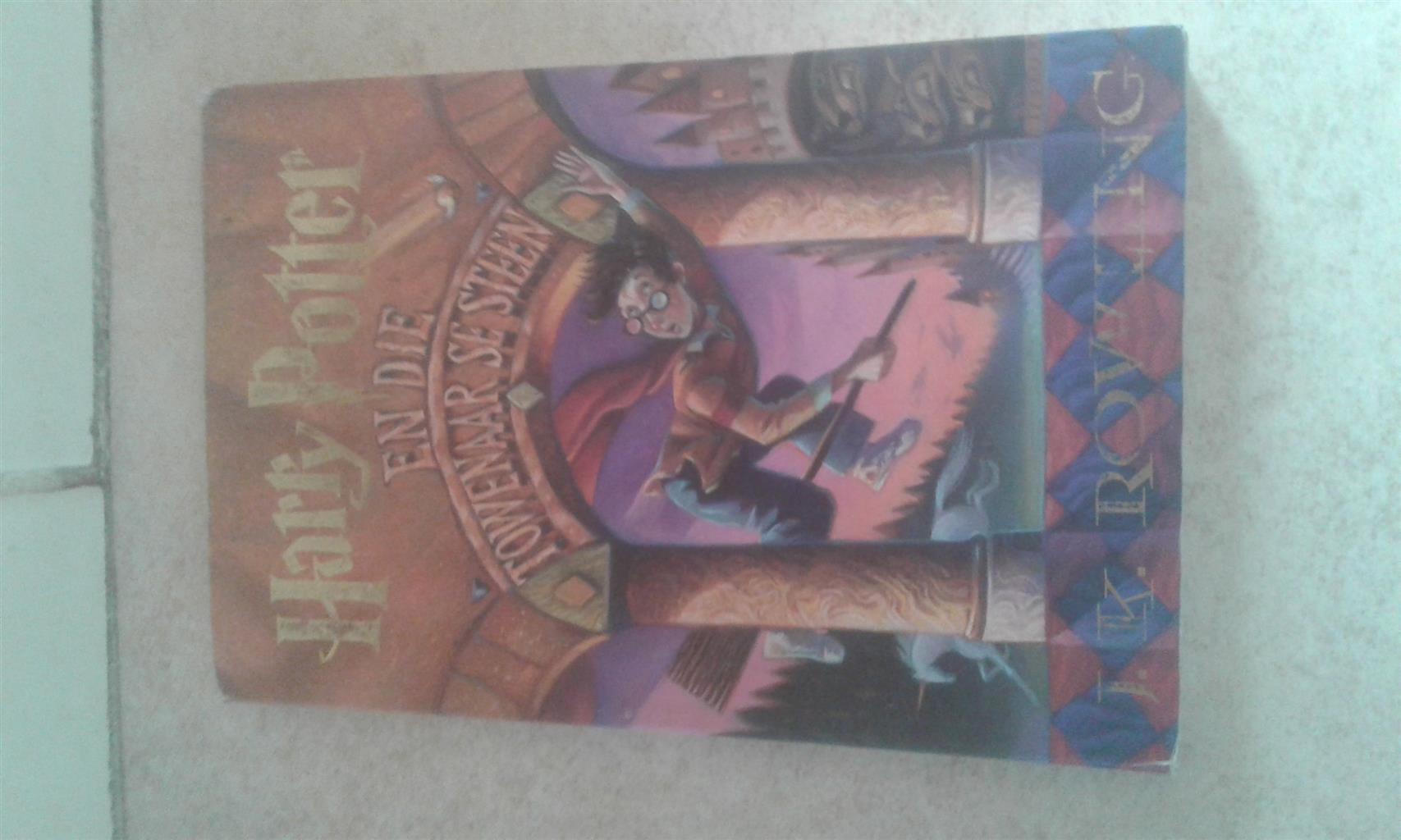 Boek oor Harry Potter deur Jk Rowling