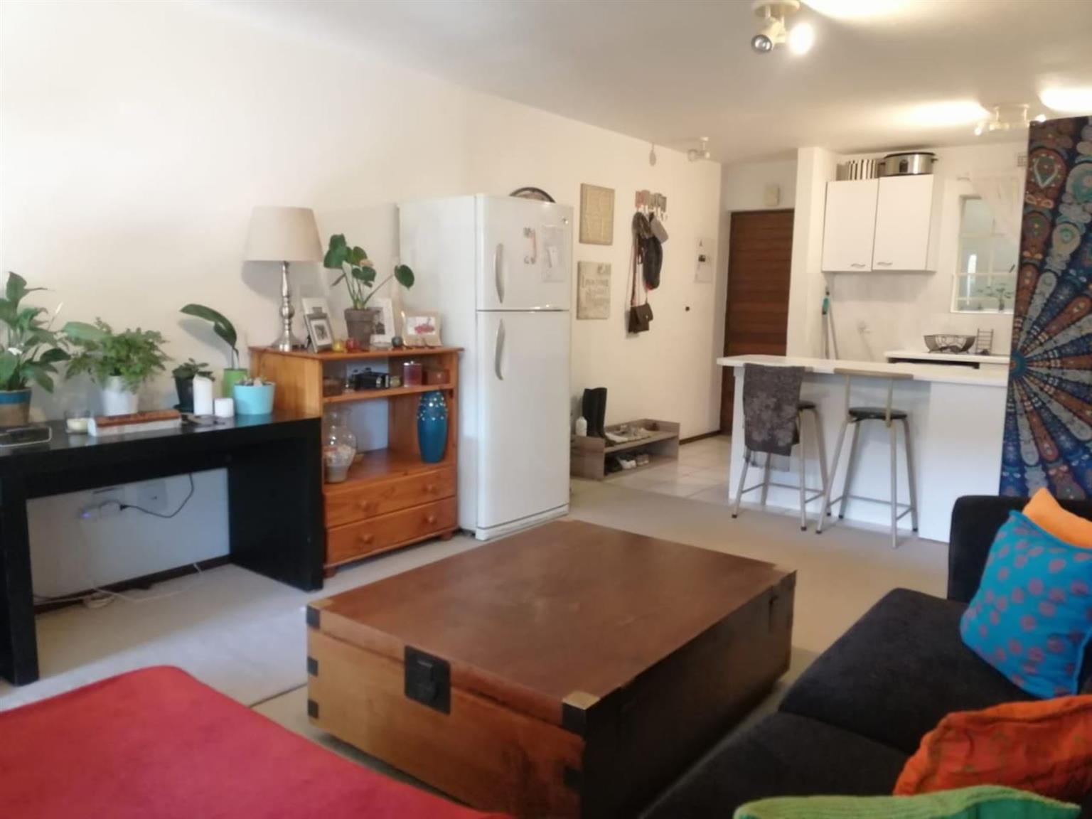 Townhouse Rental Monthly in Eden Glen