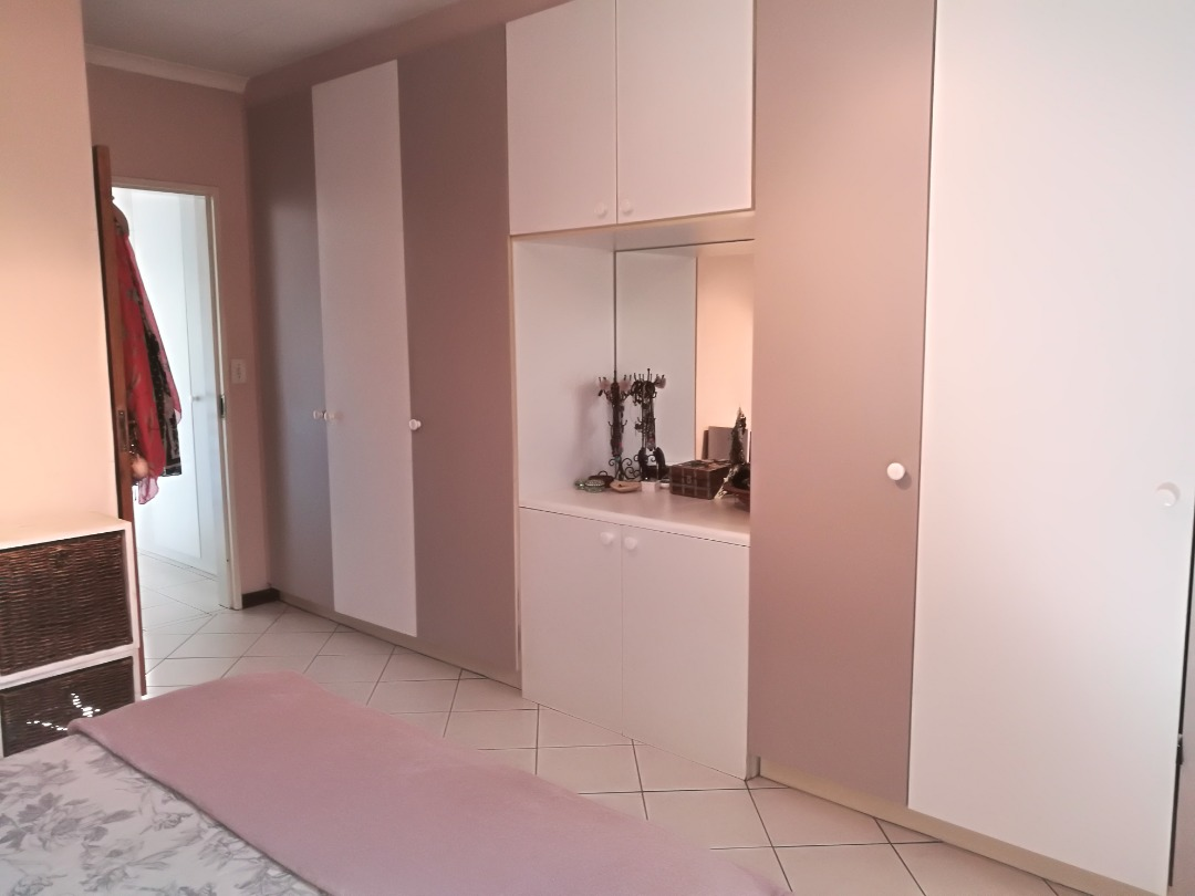 Apartment For Sale in Buurendal