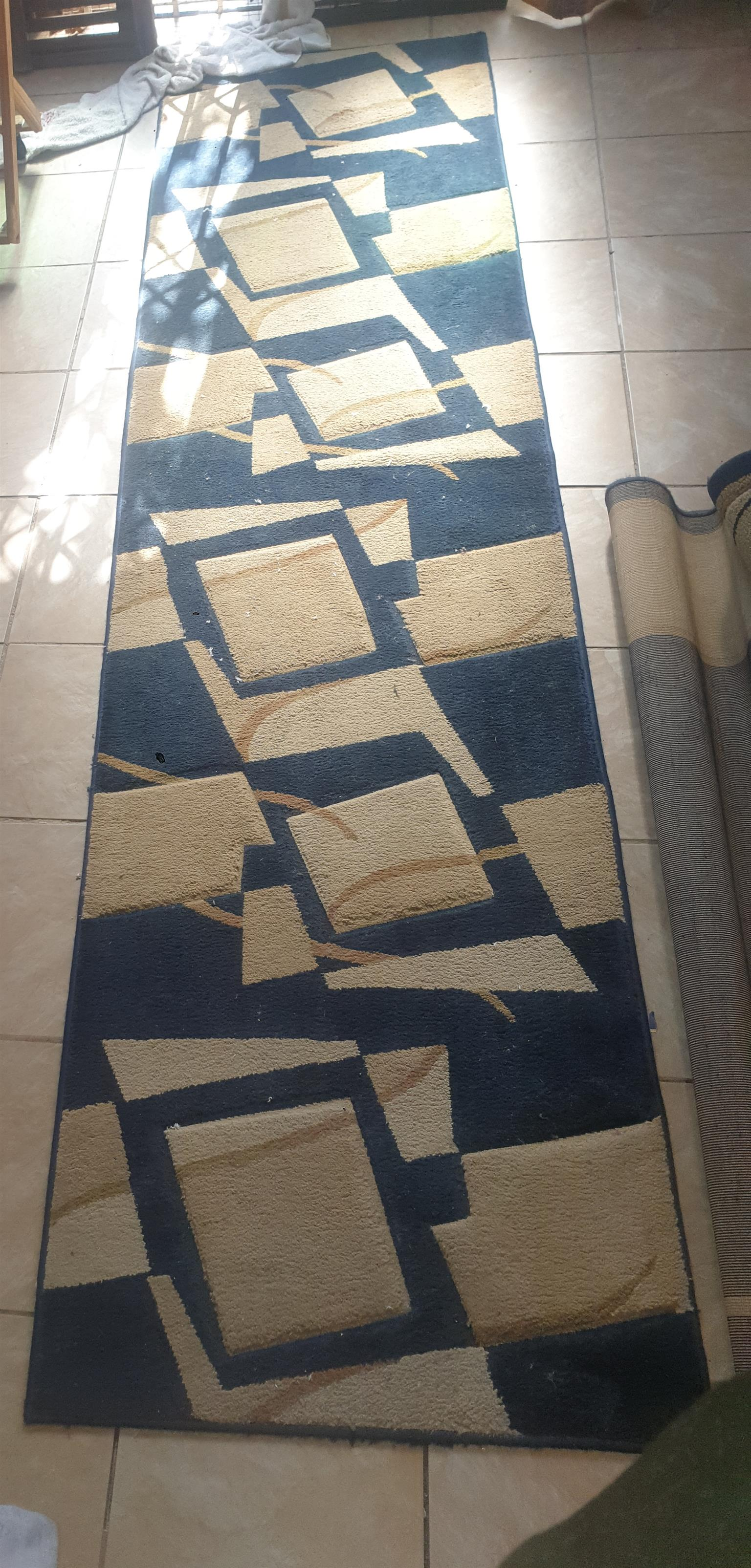2 carpets for sale