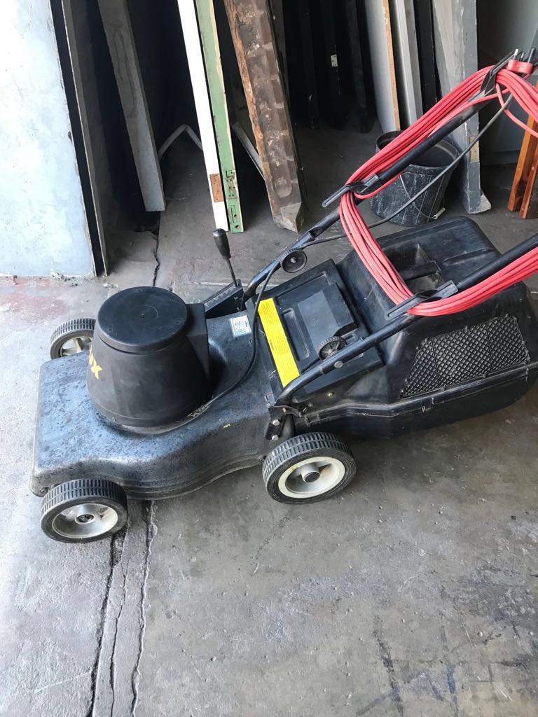 Lawnmower Rolux