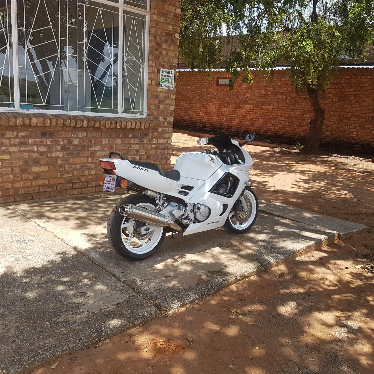 1999 Honda CBR