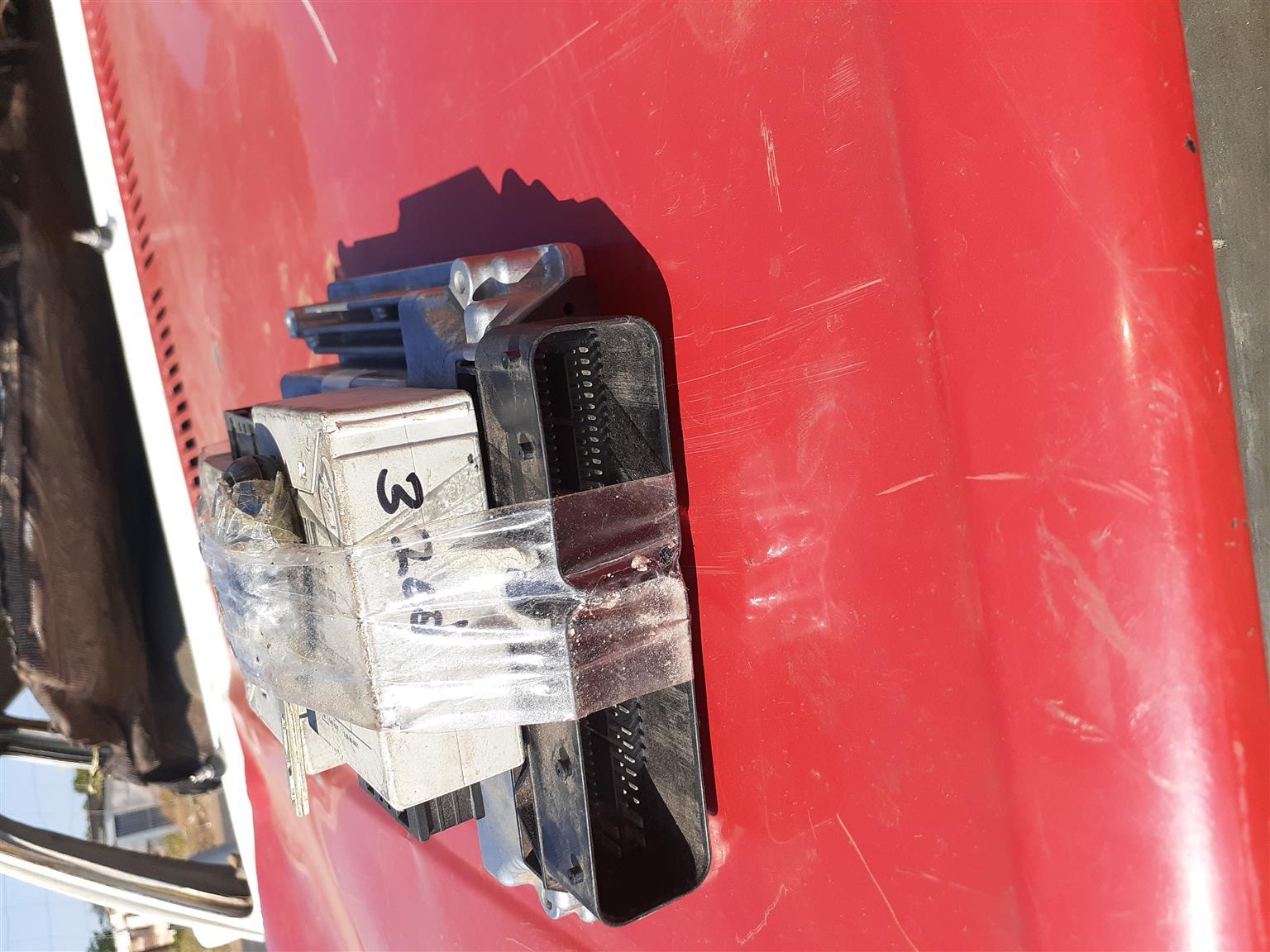 BMW320D LOCK SET