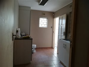 Dobsonville garden cottage behind house with kitchen and bathroom R2000