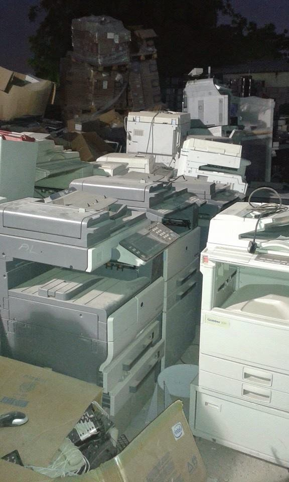 We buy Electronic Waste. For any E-Waste including cables call us.
