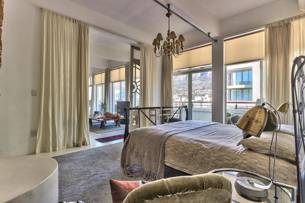 Penthouse For Sale in Cape Town City Centre