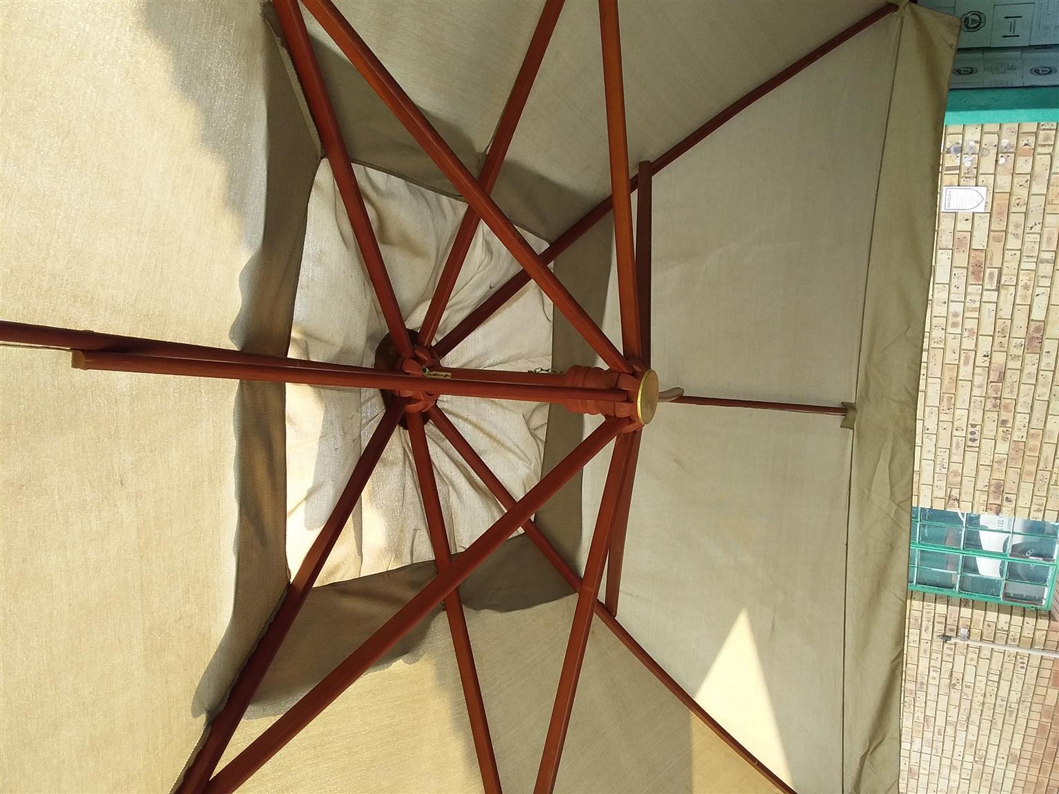 4 meter square cantilever wooden frame umbrella