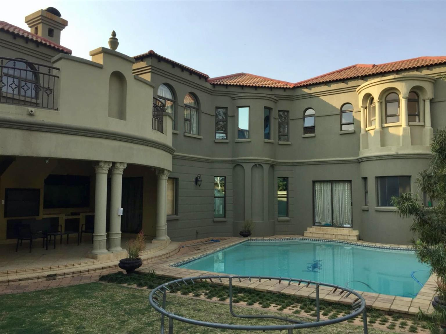 House Rental Monthly in MIDSTREAM ESTATE