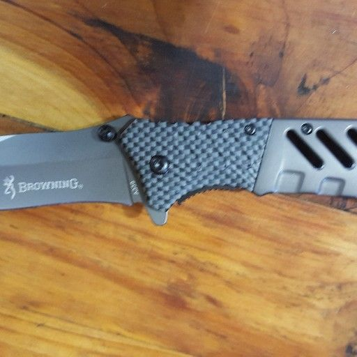 Browning stainless steel flip knife