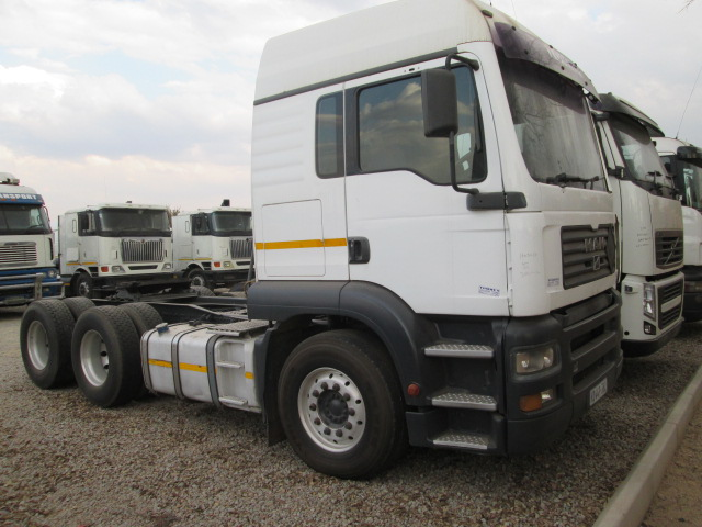 IVECO TRUCKS /HYDRAULICS SYSTEM