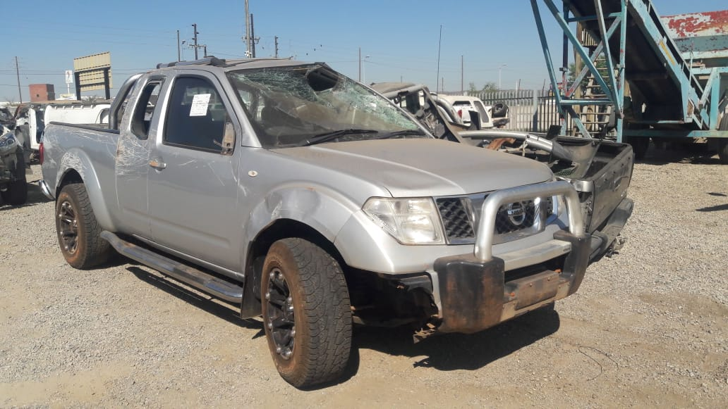 2011 Nissan Navara 2.5 4x4 Stripping for spares